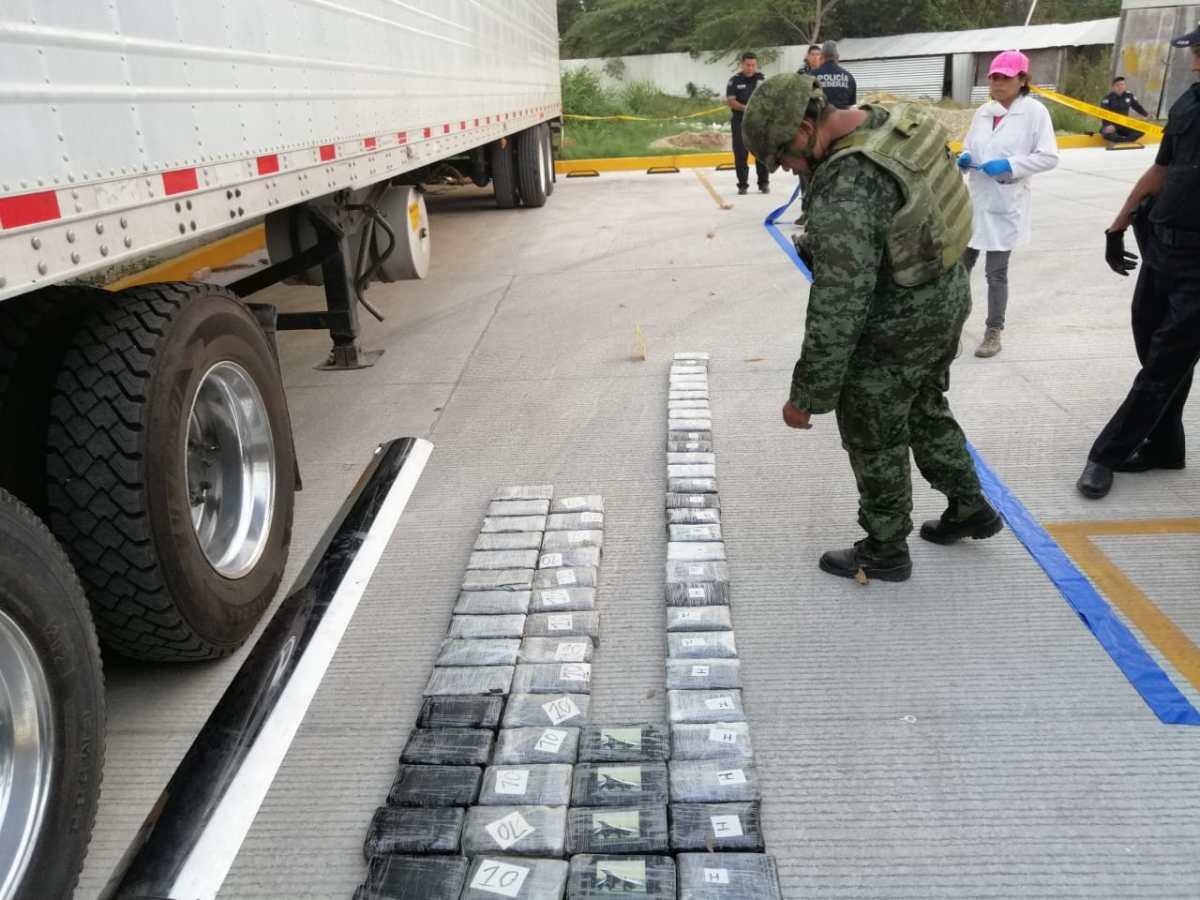 Logran Ejército y policía federal el mayor decomiso de cacaína en Tabasco: 239.8 kilos, en límites Chiapas-Tabasco